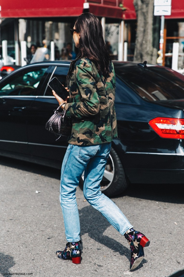 MFW-Milan_Fashion_Week-Spring_Summer_2016-Street_Style-Say_Cheese-Military_Jacket-Levis-Stars_Boots-Tommy_Hilfigher--790x1185